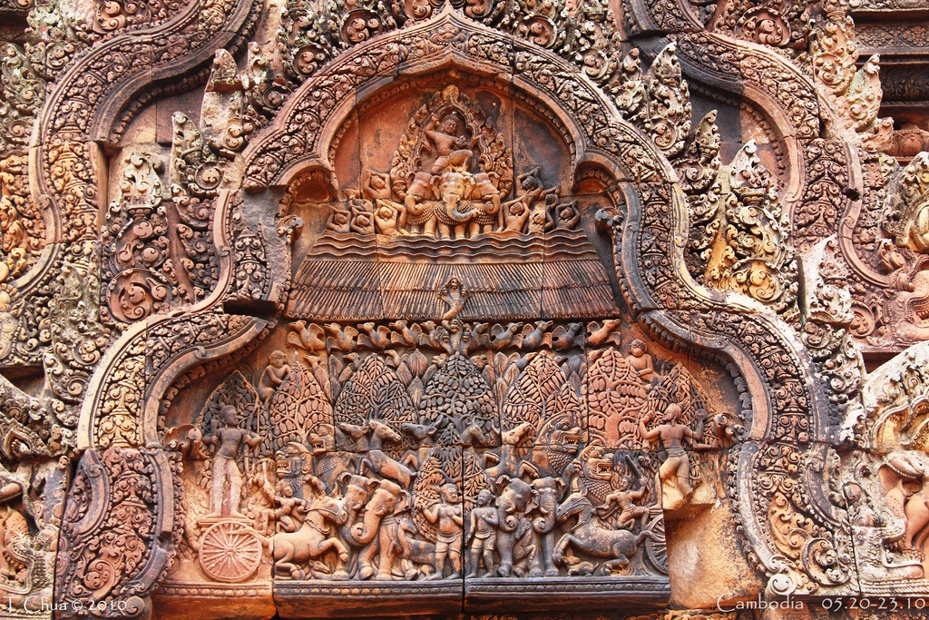 Another pediment shows the burning of Khāṇḍava Forest. Banteay Srei 5
