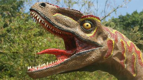 Los dinosaurios se extinguieron por el aumento de la gravedad de la Tierra