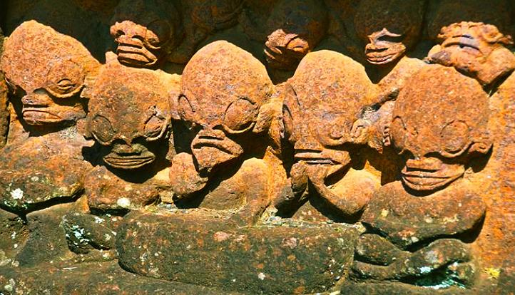 Las estatuas antiguas en Nuka Hiva revelan posible raza de extraterrestre