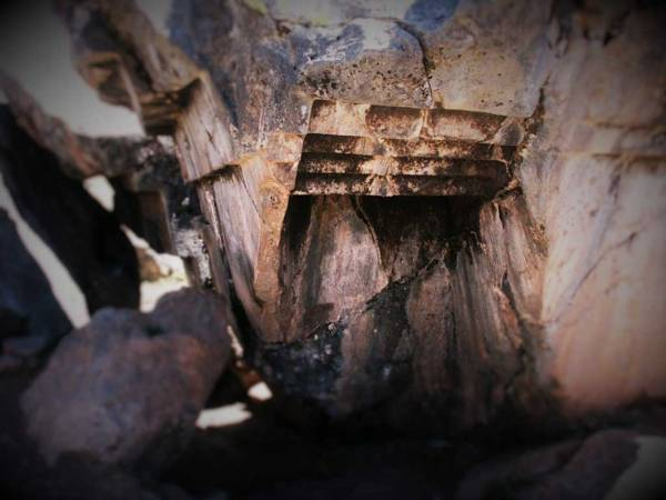 ¿Un cataclismo en el pasado causó el enigma de las escaleras al revés en Sacsayhuaman?