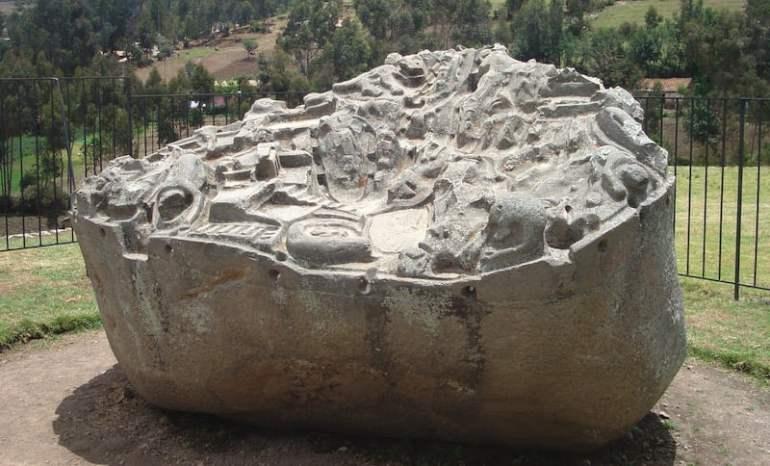 La Piedra de Sayhuite, un mapa tridimensional en relieve hallado en un yacimiento inca