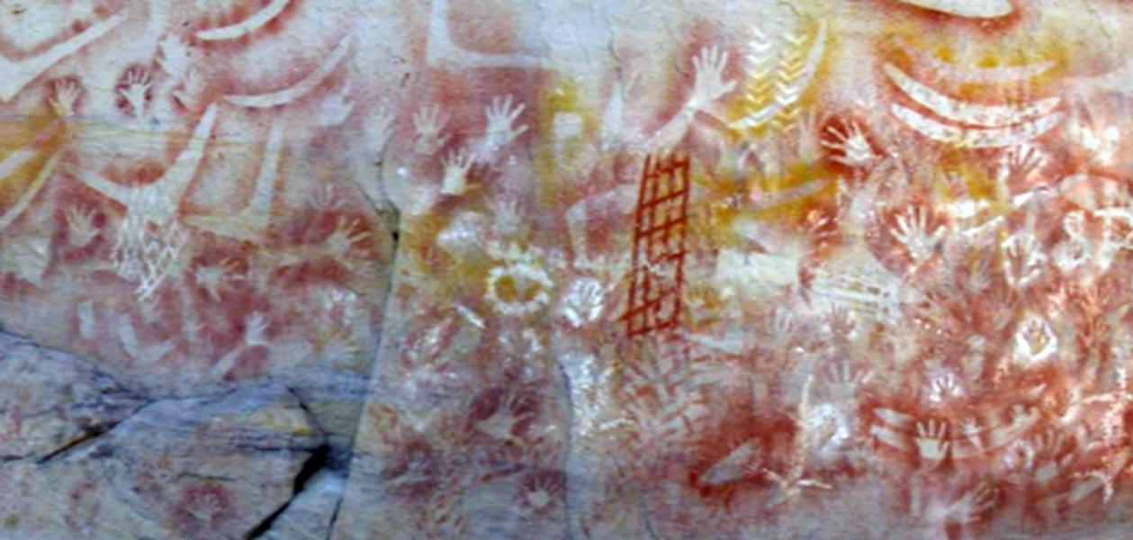 El código angular: mensajes ocultos en inscripciones prehistóricas y antiguos muros