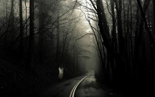 Autostopistas fantasma: ¿Leyendas urbanas o apariciones reales?