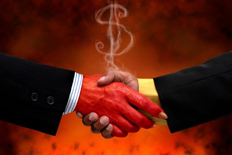 5 Famosos que hicieron un pacto con Satán