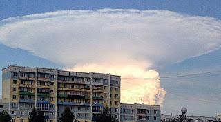Gigantesca Nube En Forma De Hongo Asusta A Los Residentes En Siberia