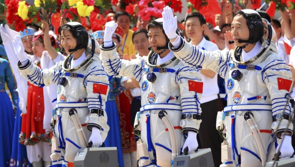 China busca instalar una base de radar habitable en la Luna