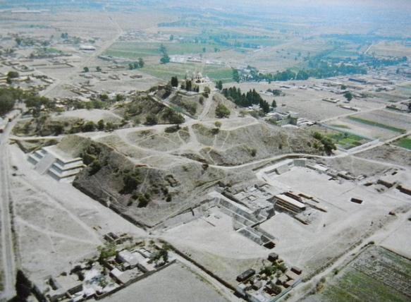 La pirámide más grande del mundo que está oculta dentro de una montaña