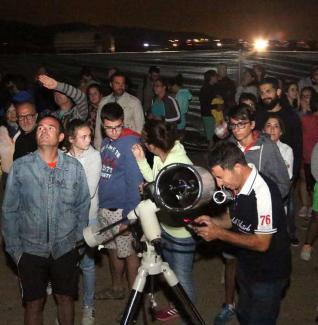 Astrónomos avistan ovnis durante la noche de Perseidas