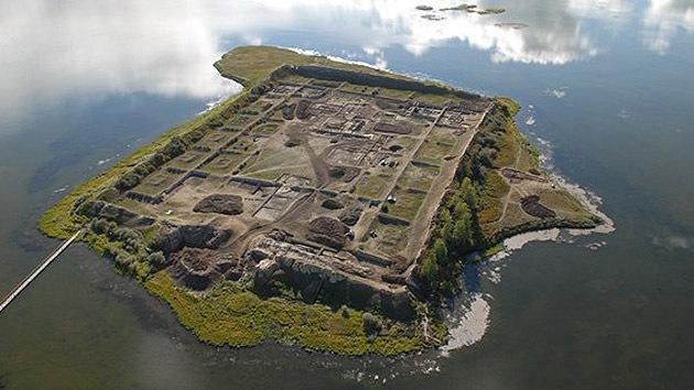 ¿Para qué se construyó el misterioso 'palacio de verano' del lago en Siberia?