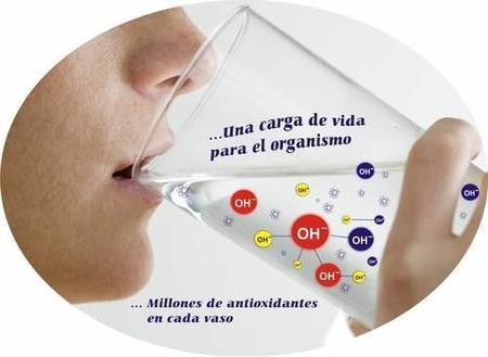 El agua que lo cura todo: alcalina y sin cloro