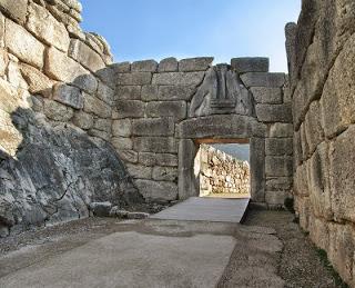De Göbleki Tepe a Menorca: el misterio de los pilares en T