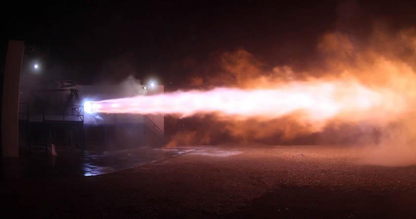SpaceX enciende el motor que permitirácolonizar marte