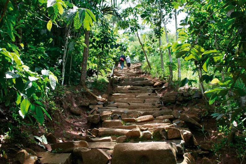 Gunung Padang, la pirámide primordial