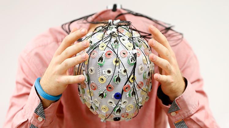 Descargar el cerebro en un ordenador y vivir para siempre será posible