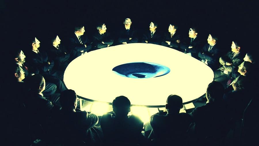 Los illuminati y el primer contacto extraterrestre