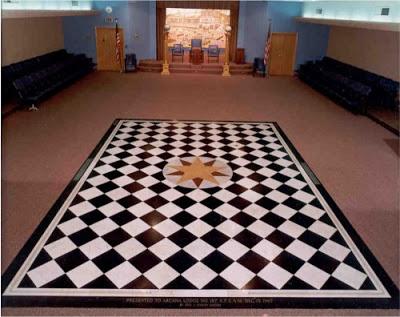 masonic floor 21 e1304188737534 1 - La CONEXIÓN REAL entre SIRIO y la CREACIÓN de la humanidad en TODAS las culturas