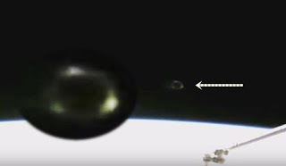 Objeto en forma de disco capturado en vivo en la Estación Espacial Internacional