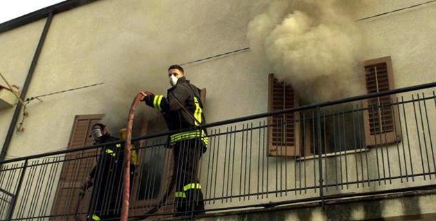 Los fuegos espontáneos de Canneto di Caronia
