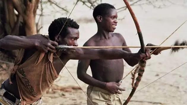 Hadza, la última tribu del planeta que lleva una vida como la de hace 10.000 años