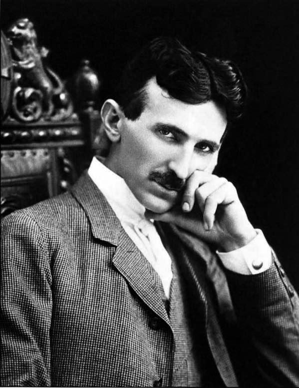 Por qué Tesla desafió a la teoría de la relatividad de Einstein?