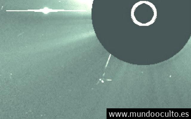 INCREÍBLE: ¿Es La Misma Nave Alíen de la ISS Captada Ahora por Satélite SOHO/NASA Orbitando en el Sol ? En Octubre 2016