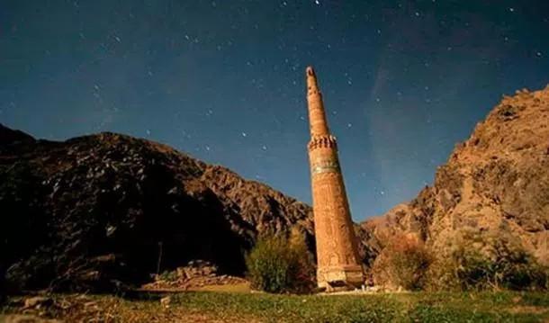 El minarete de Jam – Última Monumento de la Ciudad Perdida de la montaña turquesa