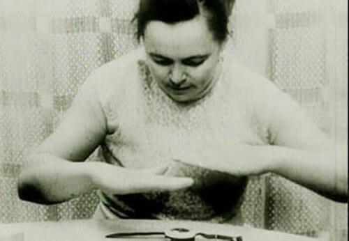 Nina Kulagina, la mujer que podía mover objetos con su mente