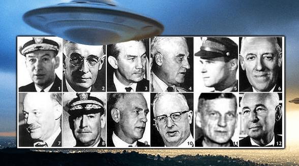 Documentos desclasificados revelan a científicos experimentando a extraterrestres.