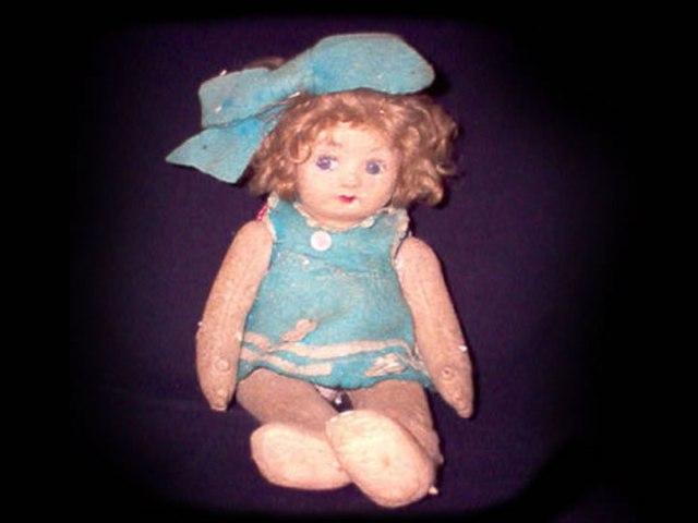 muñeca pupa embrujada