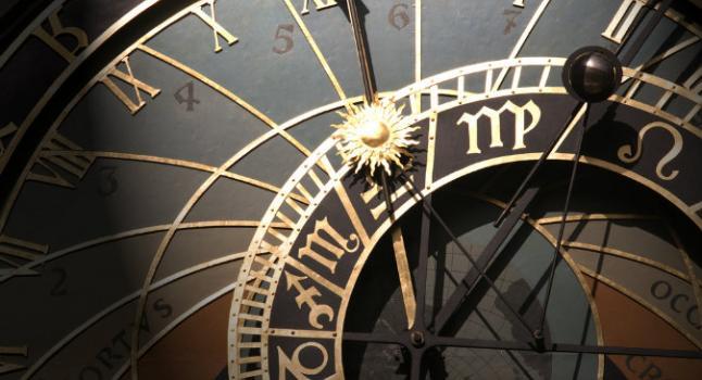 Viajes en el tiempo: de la mitología a la ciencia moderna