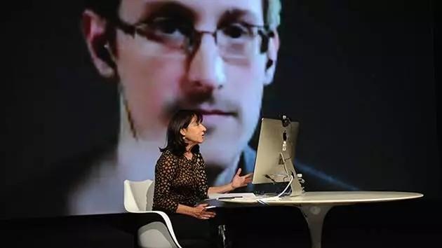 """""""Hostil a la privacidad"""": Snowden insta a deshacerse de Dropbox, Facebook y Google"""