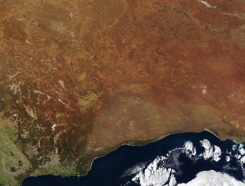 La Llanura de Nullarbor en Australia, una de las anomalías magnéticas más grande del mundo