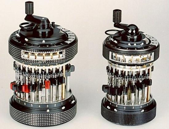 Curta: Calculadora mecánica (1948)