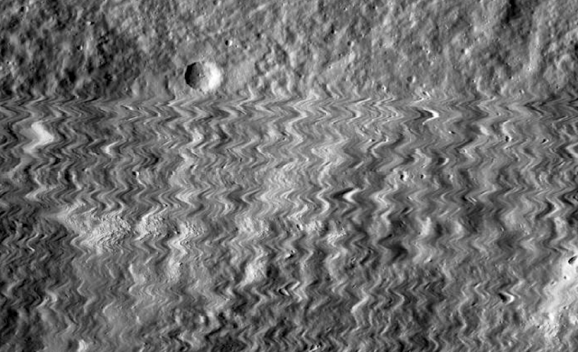 NASA distorsiona fotos de la Luna