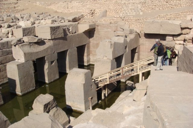 TEMPLO DE OSIRIS: Pesadilla arqueológica construido 7000 años antes ¿QUIÉN FUE?