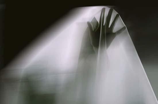 Cómo convivir con espíritus y entidades no deseadas en tu hogar