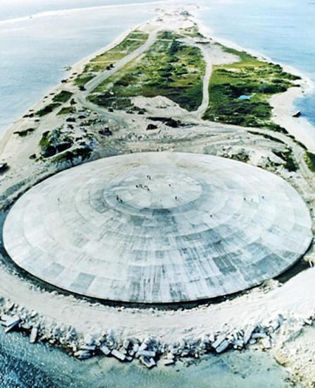 La cupula de runit. Estructura que guarda 85.000 metros cubicos de residuos radioactivos