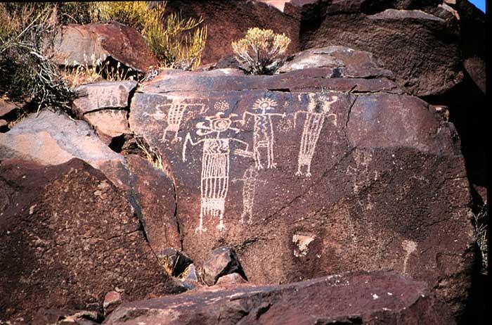 Qué representan los petroglifos del Suroeste Americano?