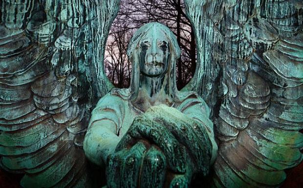 Significado de las estatuas de los cementerios