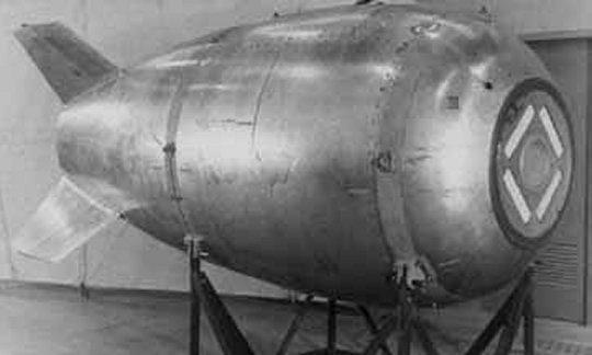 Un buceador asegura haber hallado una bomba atómica perdida en el océano
