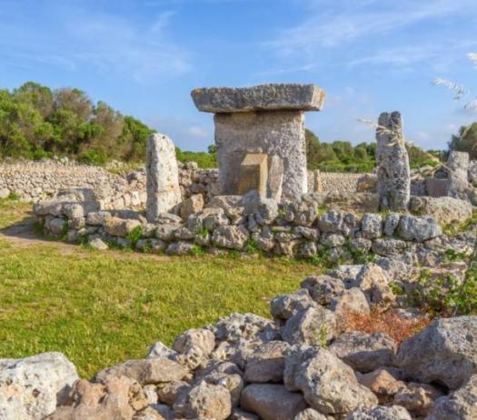 La Taula de Menorca – Megalitos misteriosos del pueblo talaióticos