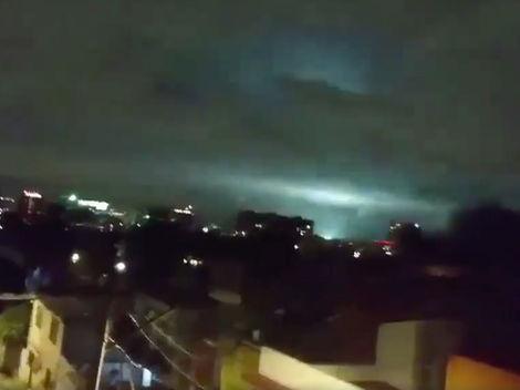 El cielo de México se iluminó en pleno terremoto y muchos no entienden por qué