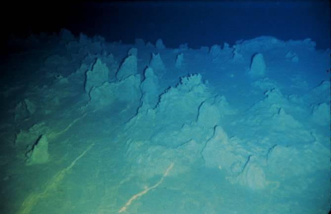 Sepultar el CO2 en elfondo marino, ¿una solución para su exceso en el mar y en la atmósfera?