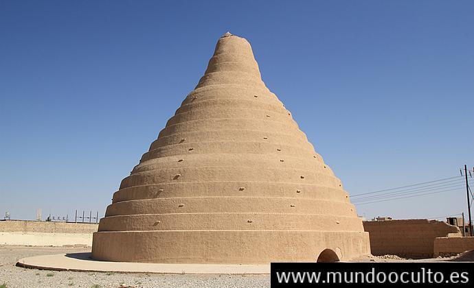 INCREÍBLE! El Edificio Donde Los Persas Hacían Hielo En Medio Del Desierto