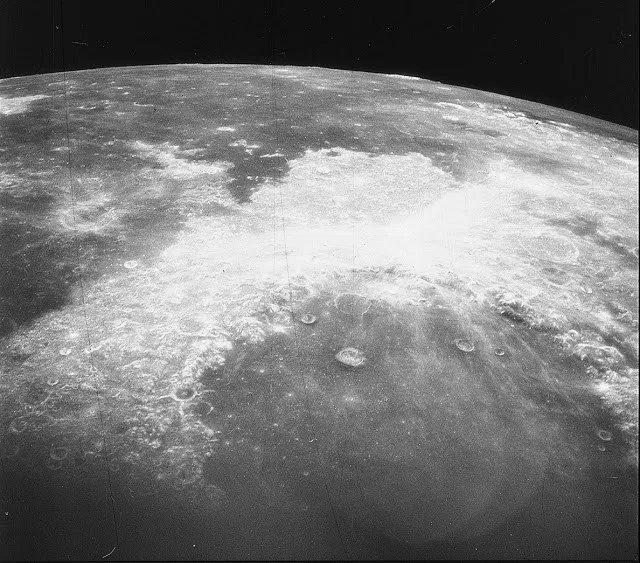 """Científico de la NASA: """"Alguien más está en laLuna"""""""