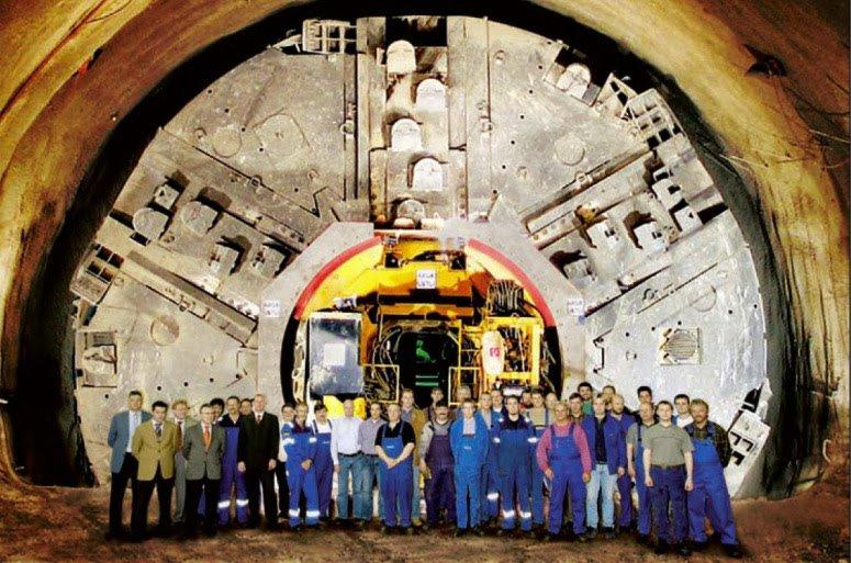 8d8df underground28 03 - Ubicación de cien bases militares subterraneas, algunas de ellas auténticas ciudades en USA