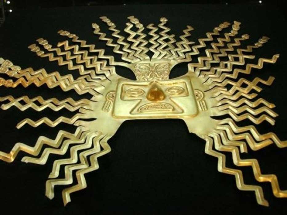 Mascara oro Inti 1 - Inti, el dios del Sol de los incas: hijo de Viracocha y antepasado de los primeros reyes del Imperio inca