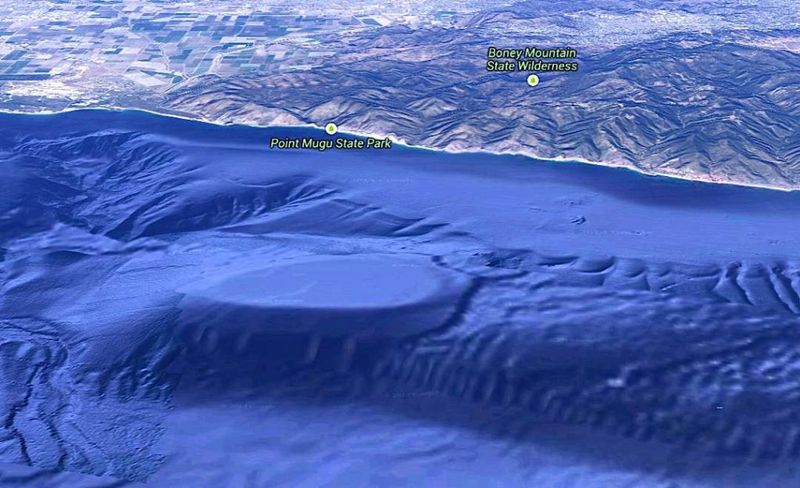 base subterranea california - Extraterrestres bajo Tierra: Bases subterráneas en todo el mundo