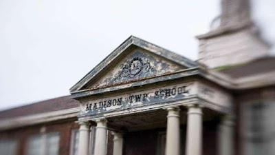 Sucesos paranormales en una escuela de primaria de Ohio