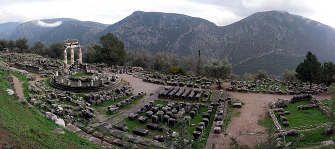 Santuario del Oráculo de Delfos (CC by SA 3.0)